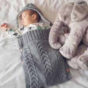 Hooded Carrynest Grey